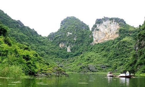 """Chiêm ngưỡng vẻ đẹp của """"Vịnh Hạ Long trên cạn"""" tại Hà Nội - anh 6"""