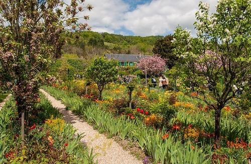 10 khu vườn đẹp như cổ tích trên khắp thế giới - anh 9