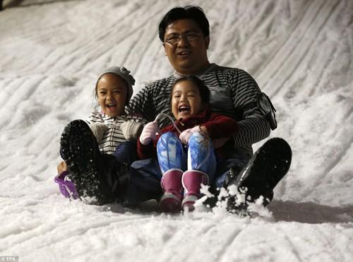 Ghé thăm công viên tuyết lớn nhất Đông Nam Á ở Thái Lan - anh 5
