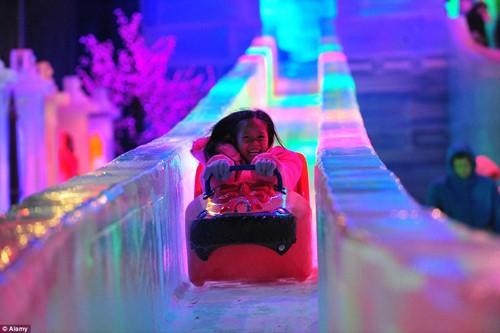 Ghé thăm công viên tuyết lớn nhất Đông Nam Á ở Thái Lan - anh 11