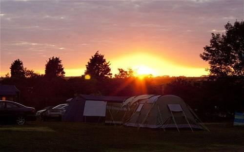 Những địa điểm cắm trại ven biển tuyệt mỹ nhất nước Anh - anh 6