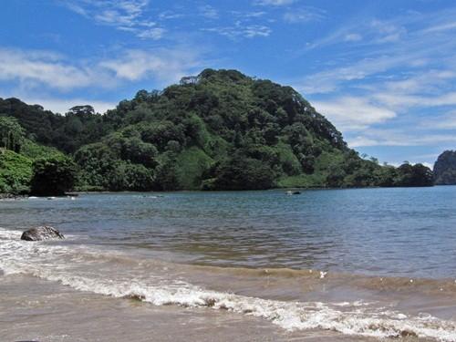 Những hòn đảo đẹp mê mẩn nhưng không có bóng người - anh 5