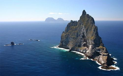 Những hòn đảo đẹp mê mẩn nhưng không có bóng người - anh 9