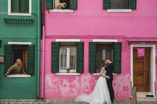 """""""Ngất ngây"""" với những bộ ảnh cưới đẹp đến xao lòng trên khắp thế giới - anh 5"""