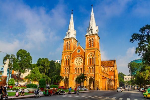 Hà Nội và Sài Gòn - điểm đến hấp dẫn có chi phí rẻ trong tháng 9 - anh 1