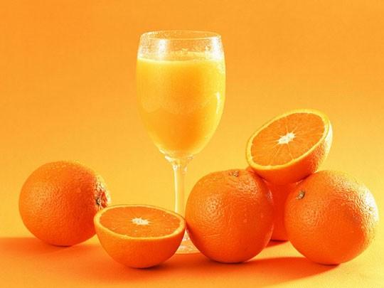 Những thời điểm tuyệt đối không được uống nước cam - anh 1