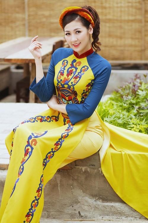 Á hậu Dương Tú Anh đẹp như cô tấm trong tà áo dài - anh 16