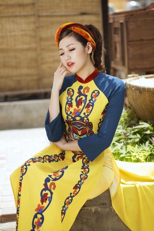 Á hậu Dương Tú Anh đẹp như cô tấm trong tà áo dài - anh 17
