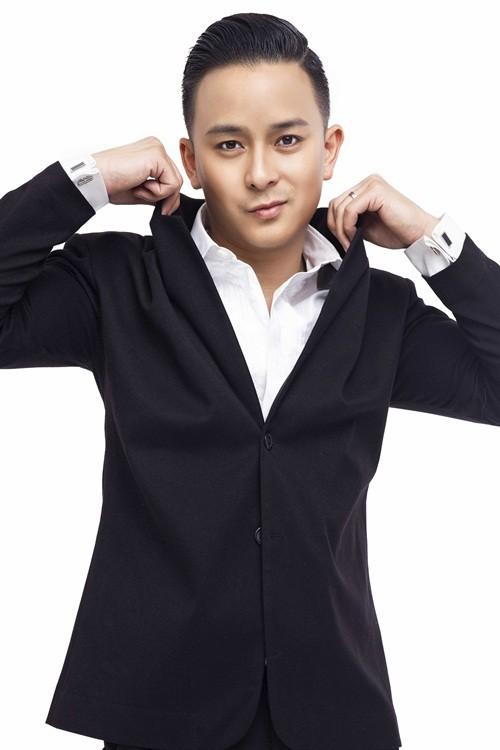 Justin Nguyễn thanh lịch, trẻ trung với trang phục vest - anh 8
