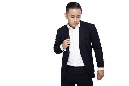 Justin Nguyễn thanh lịch, trẻ trung với trang phục vest - anh 9