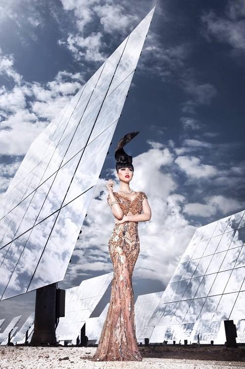 Show thời trang đầu tiên trong lịch sử diễn ra tại nhà máy năng lượng mặt trời lớn nhất thế giới - anh 6