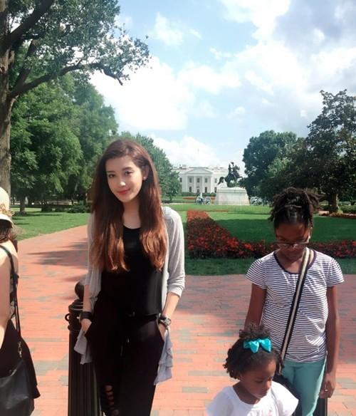 Những khoảnh khắc đáng yêu của Huyền My trong ngày đầu tiên trên đất Mỹ - anh 6