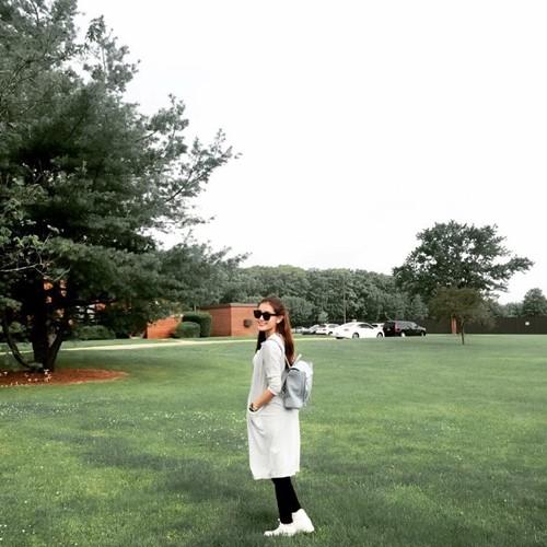 Những khoảnh khắc đáng yêu của Huyền My trong ngày đầu tiên trên đất Mỹ - anh 18