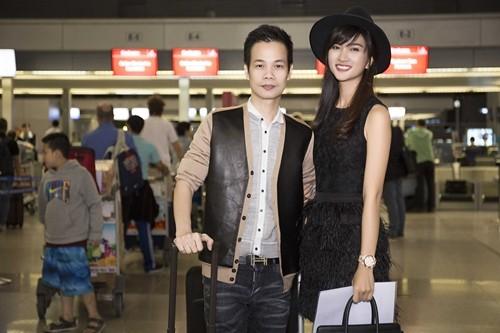 """Kim Tuyến bị fan """"bủa vây"""" giữa đêm tại sân bay - anh 17"""