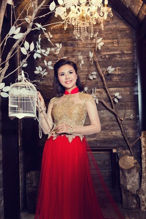 Vân Trang hóa thân làm cô dâu dịu dàng trong tà áo dài của NTK Huỳnh Lợi - anh 7