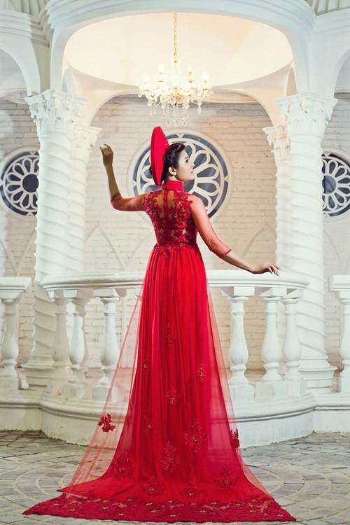 Vân Trang hóa thân làm cô dâu dịu dàng trong tà áo dài của NTK Huỳnh Lợi - anh 10