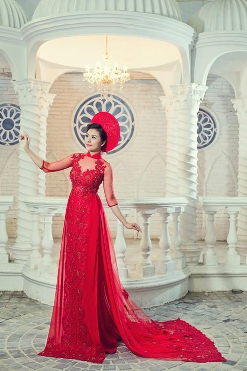 Vân Trang hóa thân làm cô dâu dịu dàng trong tà áo dài của NTK Huỳnh Lợi - anh 11