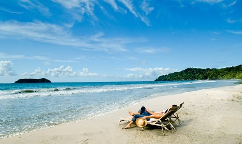 Việt Nam lọt Top 10 quốc gia hạnh phúc nhất thế giới - anh 1