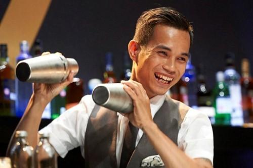 Gặp 5 chàng trai Bartender Việt lừng danh khắp thế giới [video] - anh 2