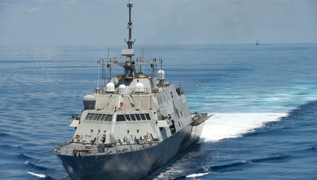 Sức mạnh chiến hạm USS Fort Worth của Mỹ trên Biển Đông - anh 2