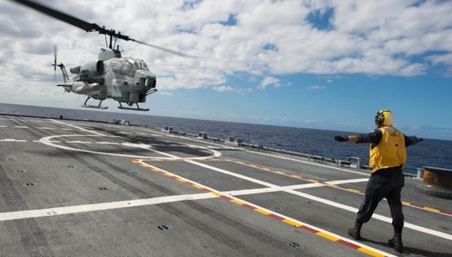 Sức mạnh chiến hạm USS Fort Worth của Mỹ trên Biển Đông - anh 5