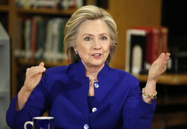 Hillary Clinton: Kiếm gần 7 tỷ đồng cho một lần diễn thuyết - anh 2