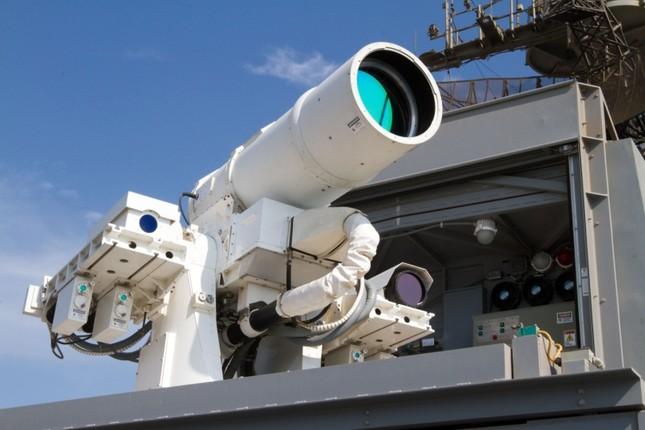 Năm 2020: Hải quân Mỹ triển khai vũ khí laser và điện từ siêu 'khủng' - anh 1