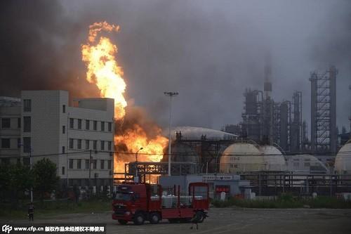 Những điểm đáng ngờ trong các vụ nổ liên hoàn ở Trung Quốc - anh 5
