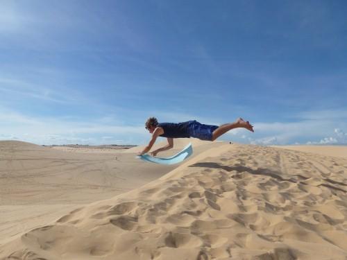 Mũi Né lọt TOP 10 điểm trượt cát lý tưởng nhất thế giới - anh 2