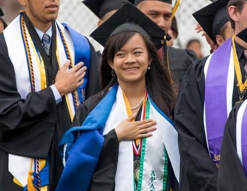 Chân dung nữ sinh gốc Việt được Đại học Harvard và 13 trường danh tiếng mời gọi - anh 1