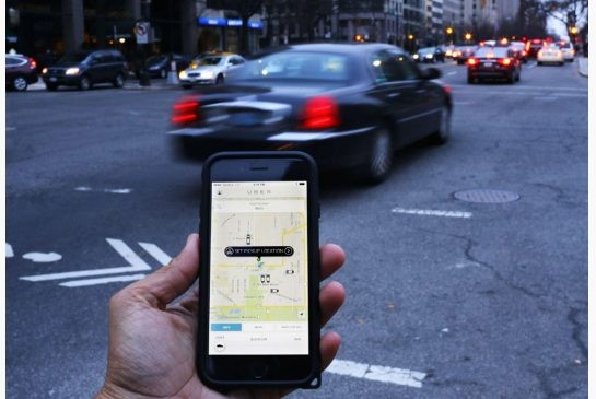 """Taxi Uber đang phải đối mặt hàng loạt """"chuyện thị phi"""" - anh 1"""