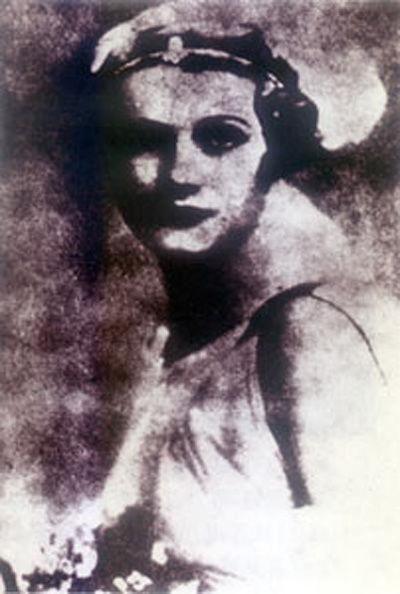 8 nữ điệp viên sở hữu vẻ đẹp chết người (phần 2) - anh 3
