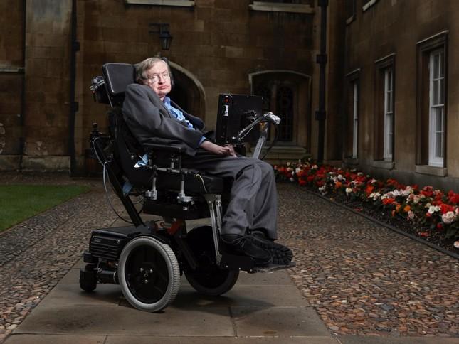 Những câu nói 'để đời' của bậc thầy vũ trụ Stephen Hawking - anh 6