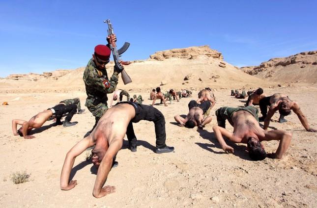 Những khóa huấn luyện quân sự 'khắc nghiệt' nhất thế giới - anh 7