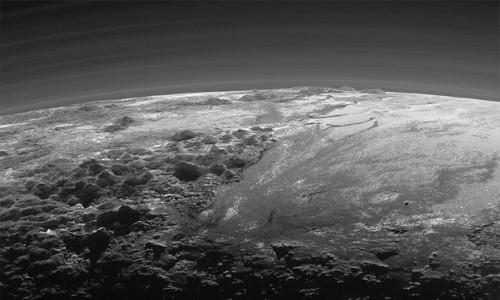 """NASA công bố bằng chứng sao Diêm Vương là """"hành tinh sống"""" - anh 4"""