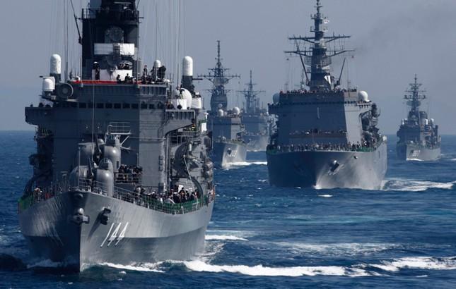 Fleet Review - Màn phô diễn sức mạnh hải quân đầy uy lực của Nhật Bản - anh 1