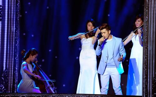 Loki Bảo Long bỏ thi X- Factor, Giang Hồng Ngọc mua nhà cho bố mẹ... - anh 1