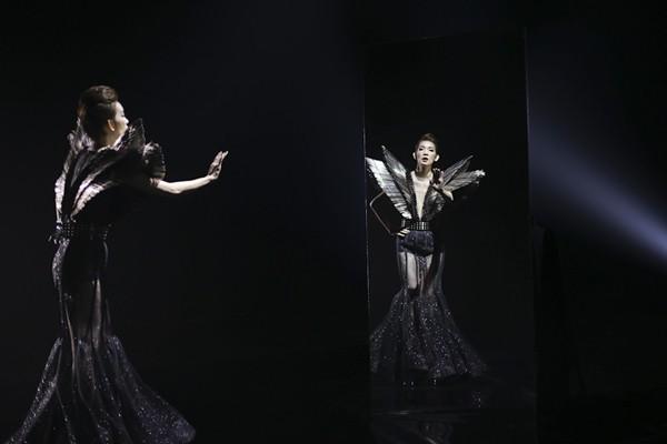 Nhịp đập showbiz : Lam Trường bị vợ cũ tố thiếu trách nhiệm, Ngọc Trinh biến dạng vì photoshop - anh 5