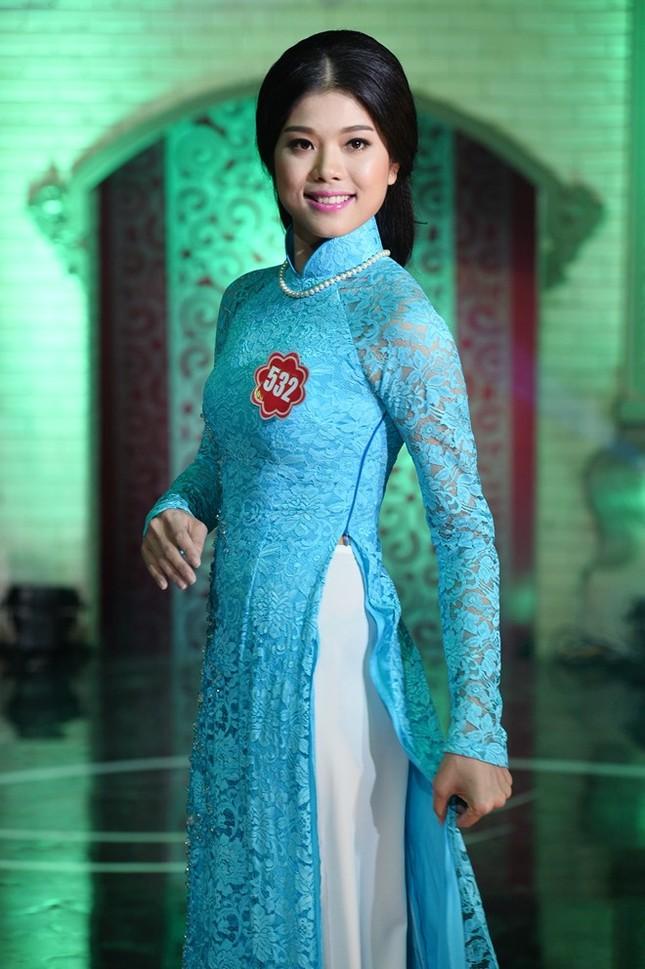 Ngắm 20 người đẹp Hoa hậu VN thướt tha trong tà áo dài - anh 13
