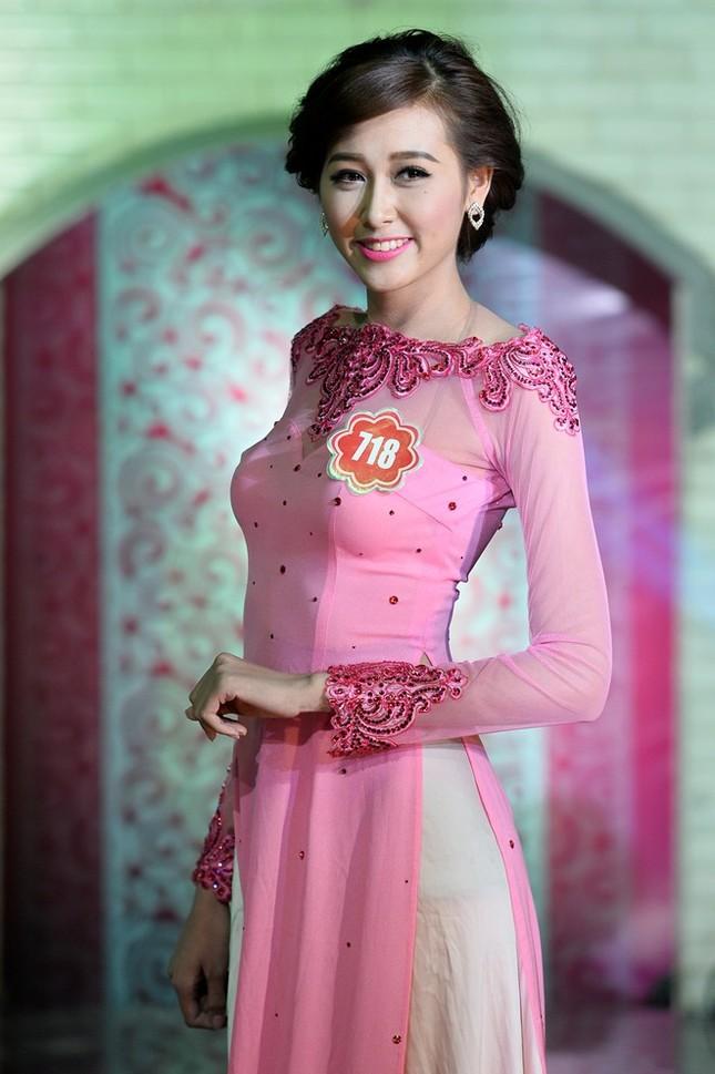 Ngắm 20 người đẹp Hoa hậu VN thướt tha trong tà áo dài - anh 15