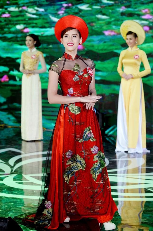 Ngắm 20 người đẹp Hoa hậu VN thướt tha trong tà áo dài - anh 16