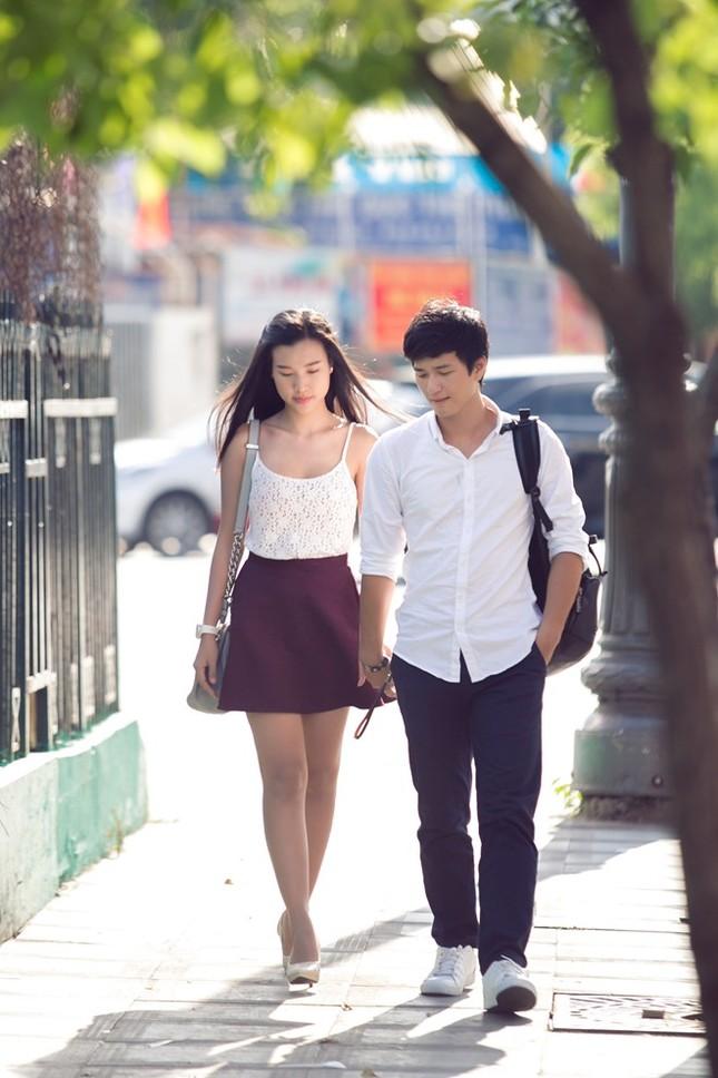 Nhịp đập showbiz: Hương Tràm và Cao Thái Sơn thân mật, Huỳnh Anh và bạn gái... - anh 8