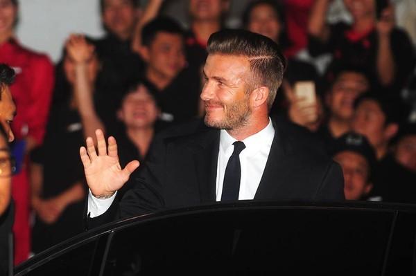 Cận cảnh vẻ quyến rũ chết người của David Beckham khi đi dự tiệc tại Hà Nội - anh 6