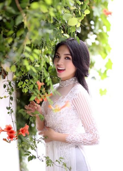 Nguyễn Cao Kỳ Duyên tự tin tiến gần chiếc vương miện hoa hậu 2014 - anh 1
