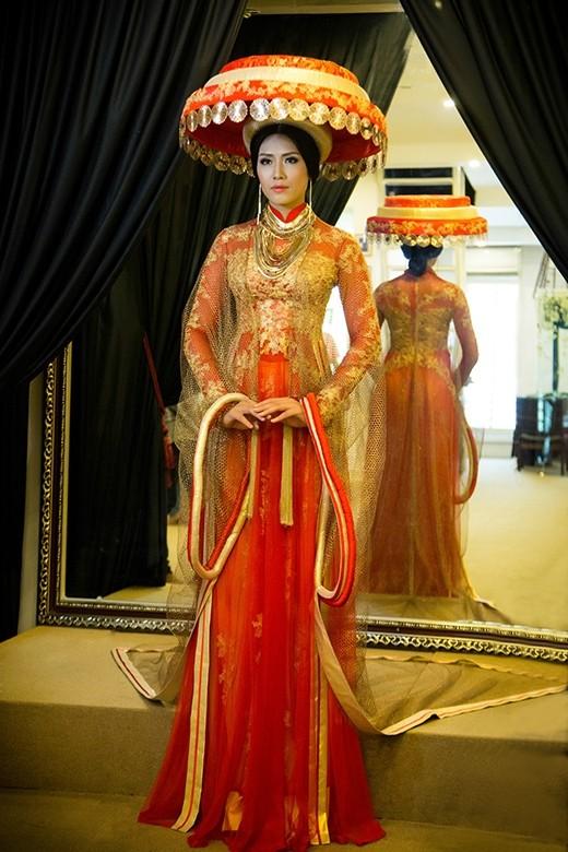 Trang phục dự thi Miss World của Nguyễn Thị Loan bị chê thiếu tinh tế - anh 4