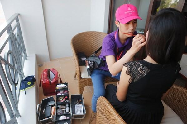 Hoa hậu Việt Nam 2014: Những con người lặng thầm phía sau vẻ đẹp các thí sinh - anh 3