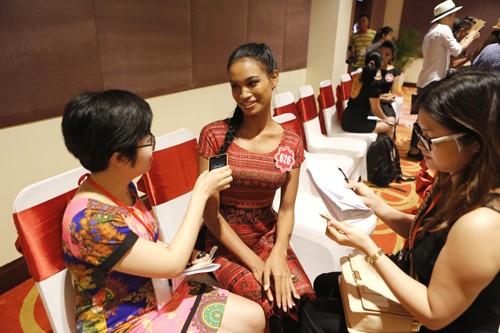 Hoa hậu Việt Nam 2014: Các thí sinh rạng rỡ trước thềm chung kết - anh 2