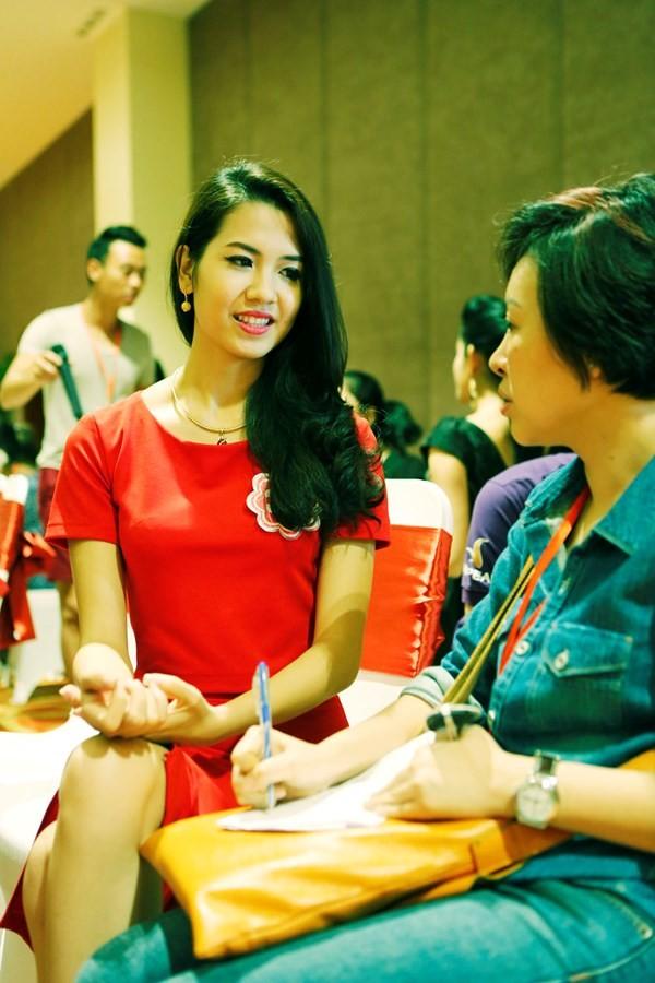 Hoa hậu Việt Nam 2014: Các thí sinh rạng rỡ trước thềm chung kết - anh 8