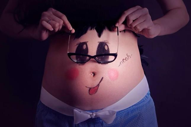 Dân mạng phát sốt với hình ảnh ngộ nghĩnh trên bụng bầu Diễm Hương - anh 5