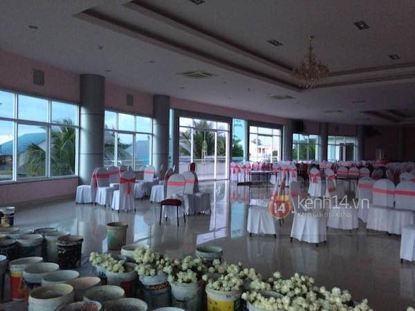 Không khí tất bật chuẩn bị cho đám cưới Công Vinh - Thủy Tiên tại quê nhà - anh 3